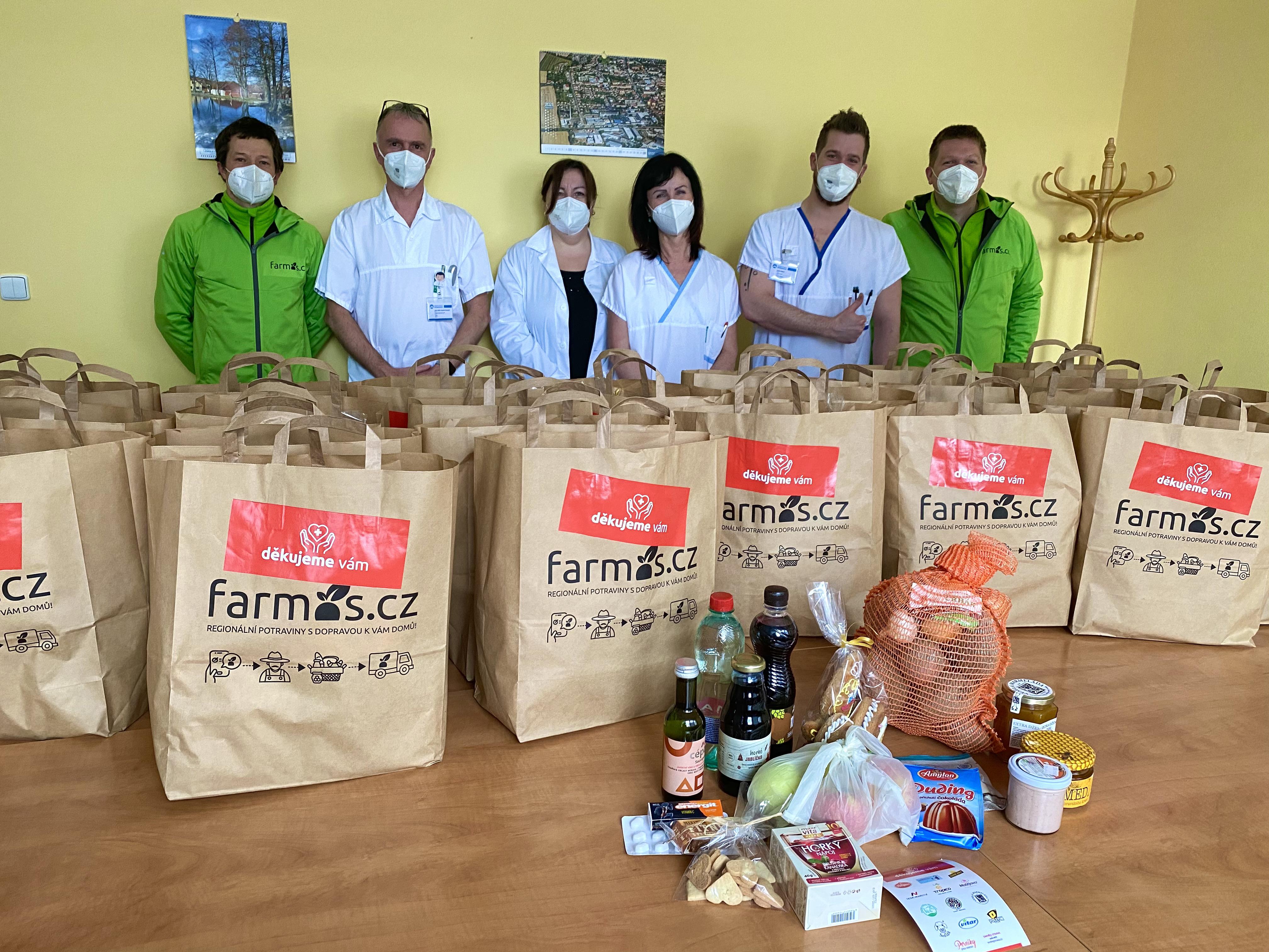Farmos.cz podporuje regionální farmáře i zdravotníky