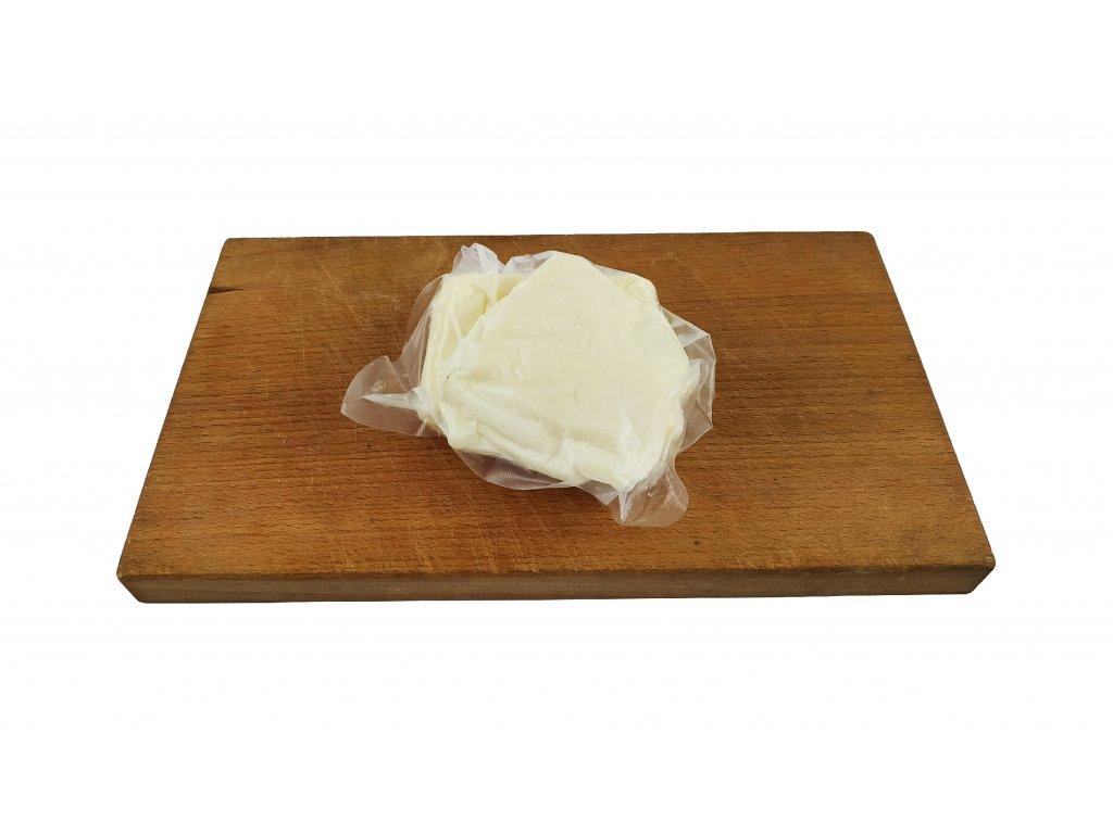 sýr na grilování halloumi