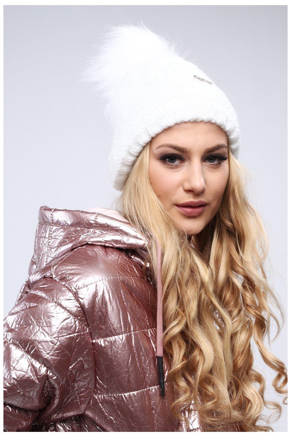 Bílá zimní čepice Fasardi