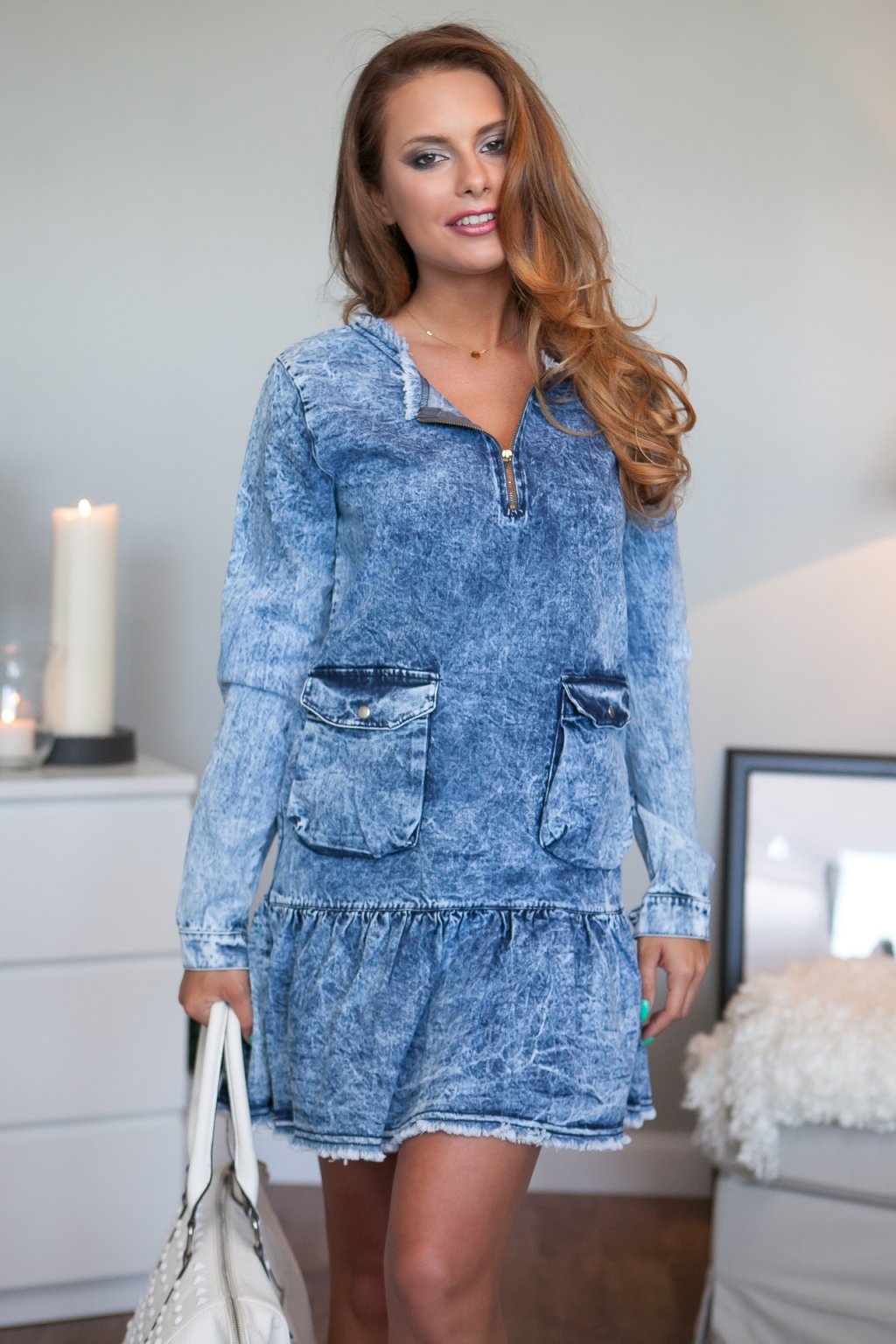 Dámské džínové šaty Fasardi s volánkem