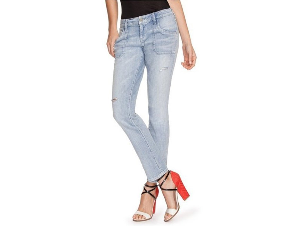 GU279 GUESS Brittney Relaxed Jeans in Civil Wash