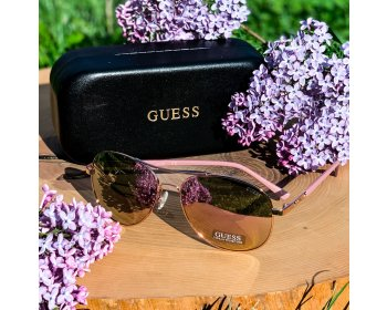 guess pink 2