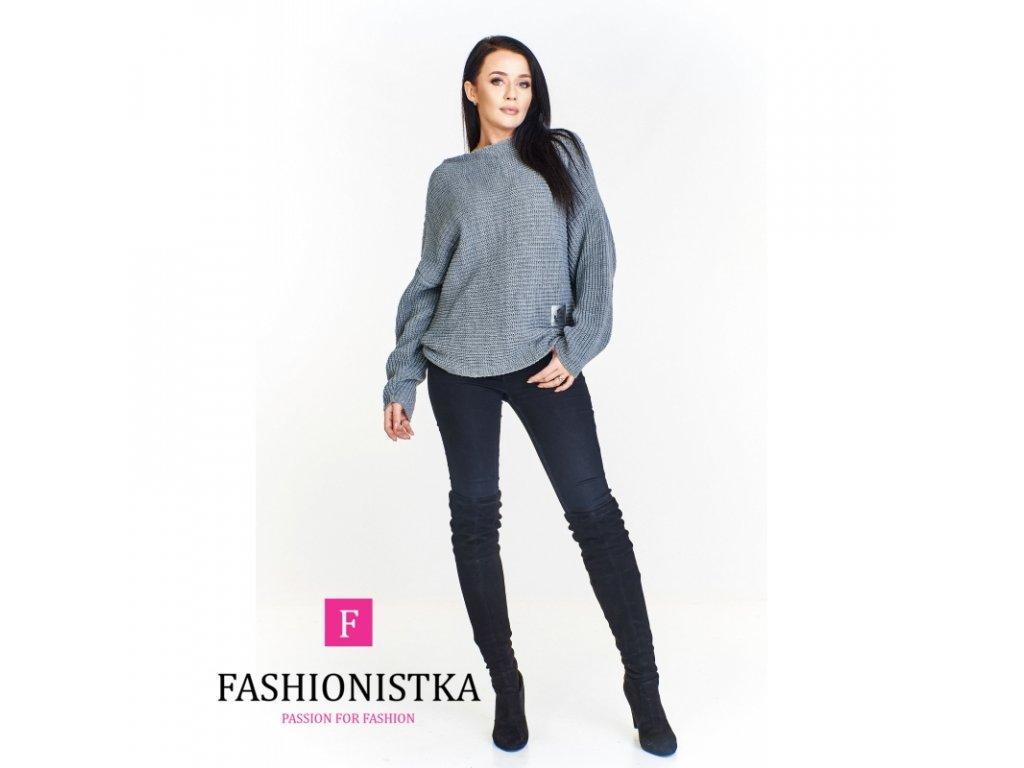 oversiz owy sweter ze stojka