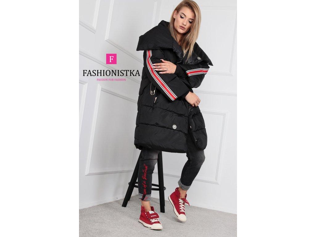 Zimní černá bunda dlouhá s lampasem