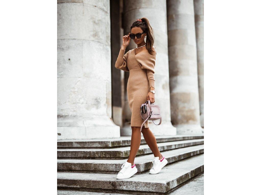 Fashionistka: Elegantní šaty tvarující postavu. COCOMORE