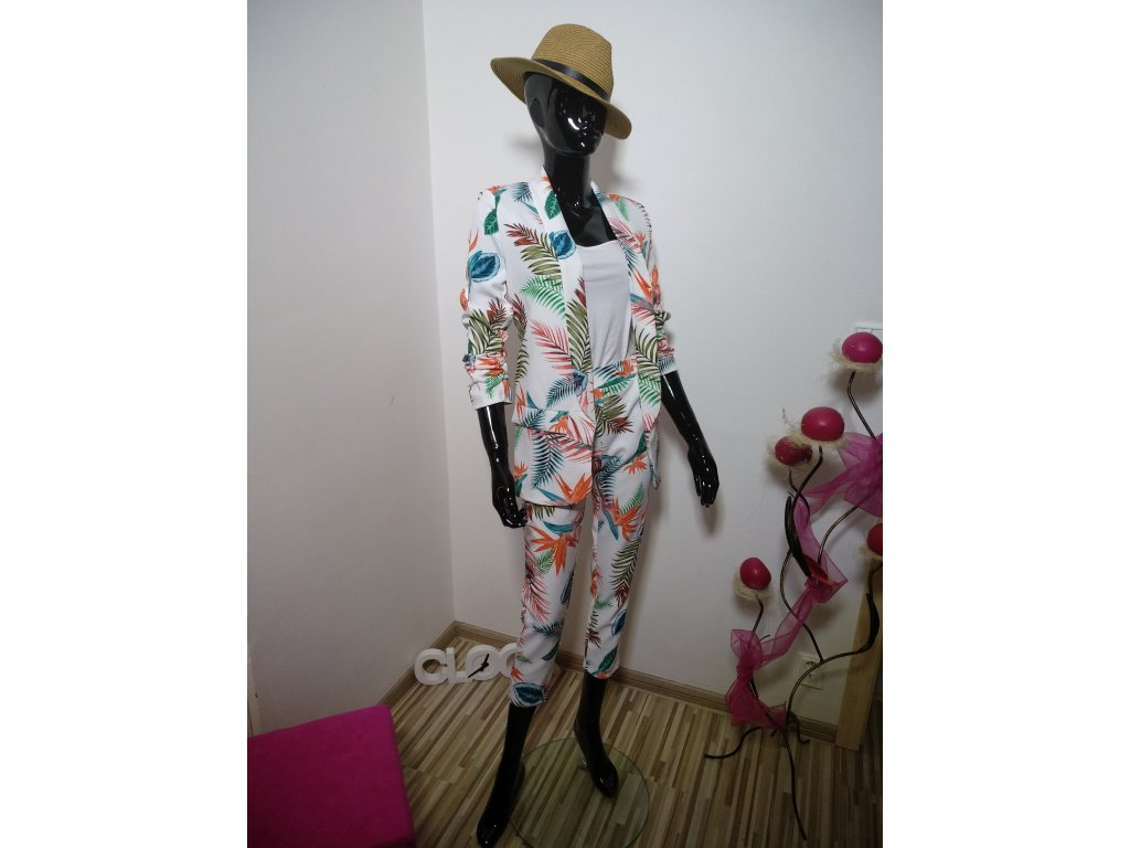 Elegantní sako v krásných barvách
