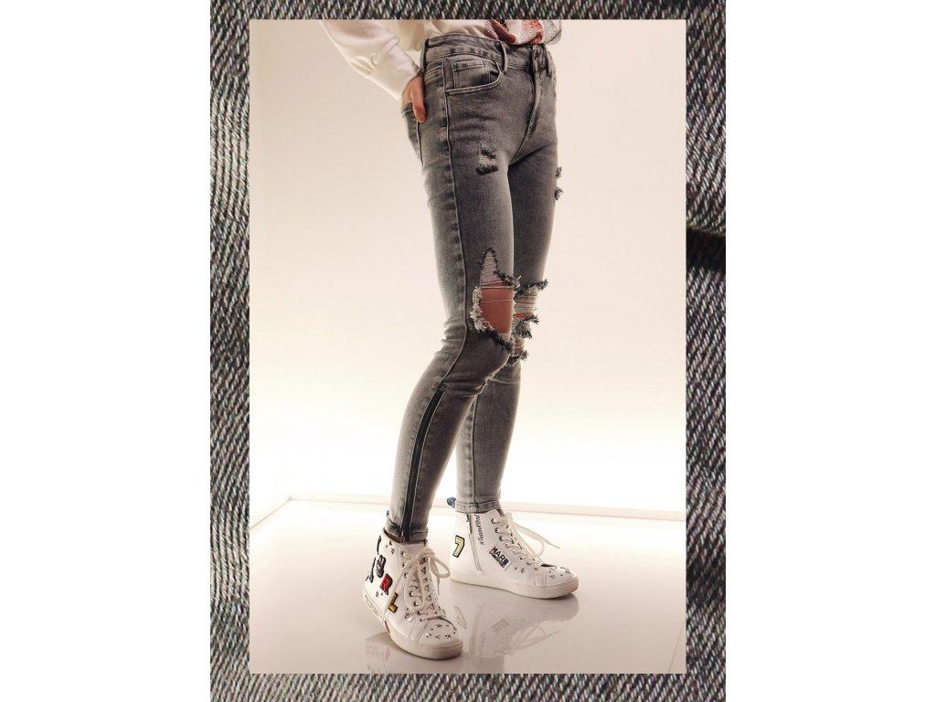 Fashionistka: DŽÍNY děrované šedé
