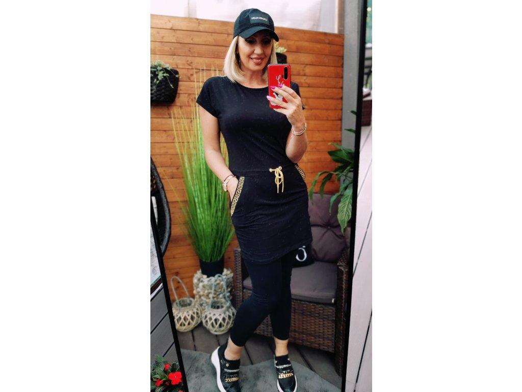 Sportovní šaty černé