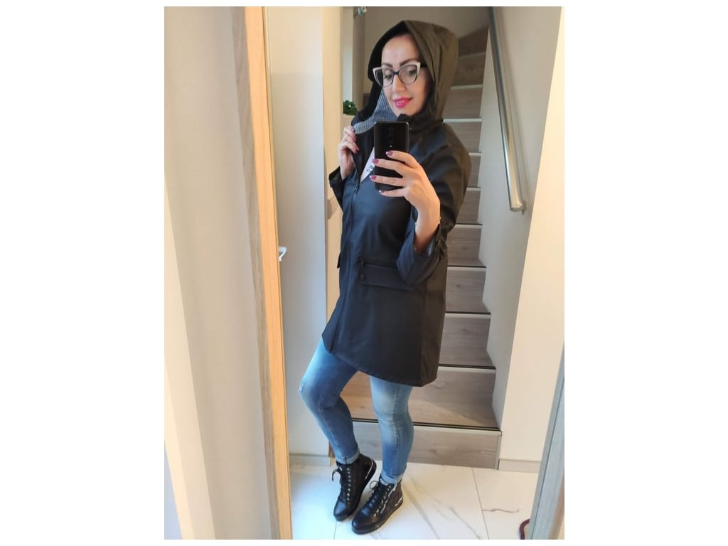 Fashionistka: BUNDA (pláštěnka) černá