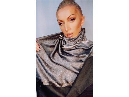 Fashionistka: Šedý šál, šála, šátek.