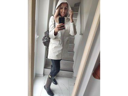 Fashionistka: BUNDA (pláštěnka) písková