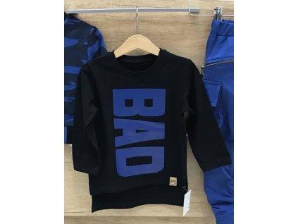 TRIČKO s modrým nápisem BAD černé