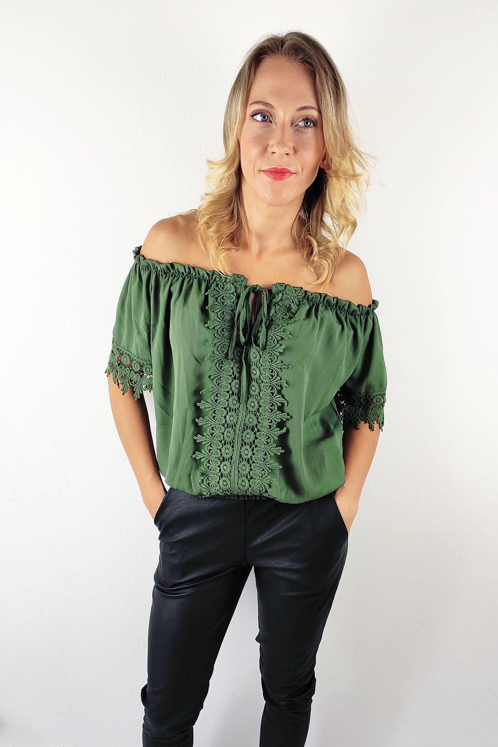 Khaki dámská halenka s krajkou