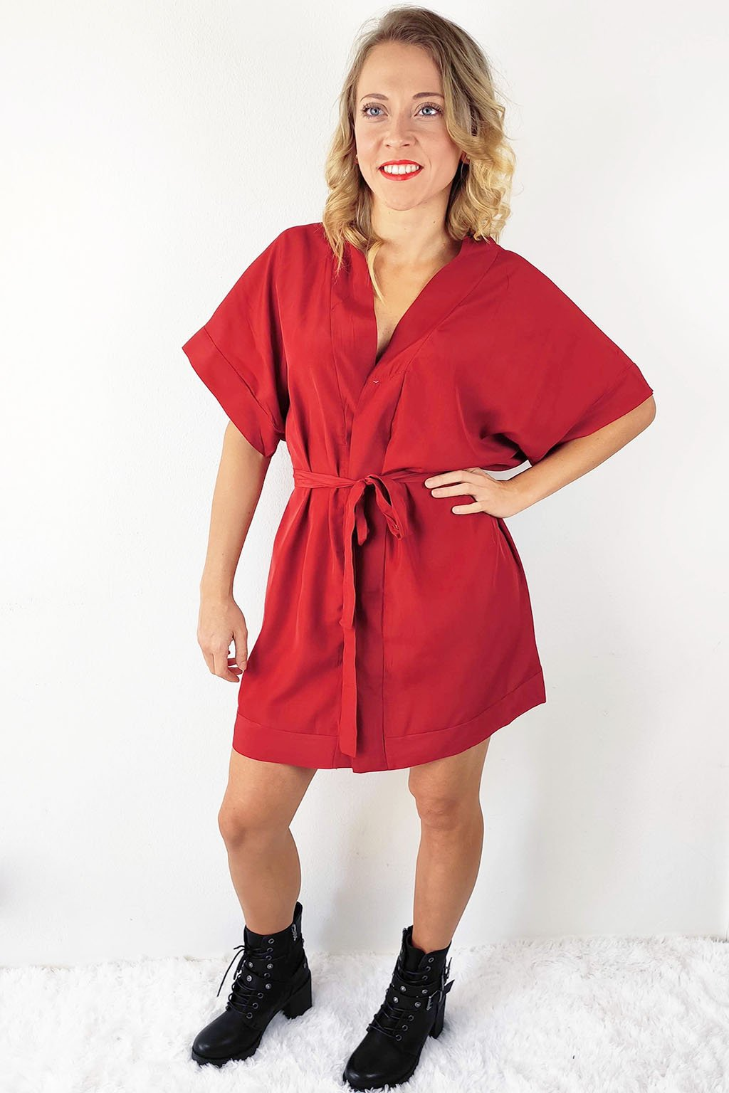 Bordó dámské letní šaty s páskem