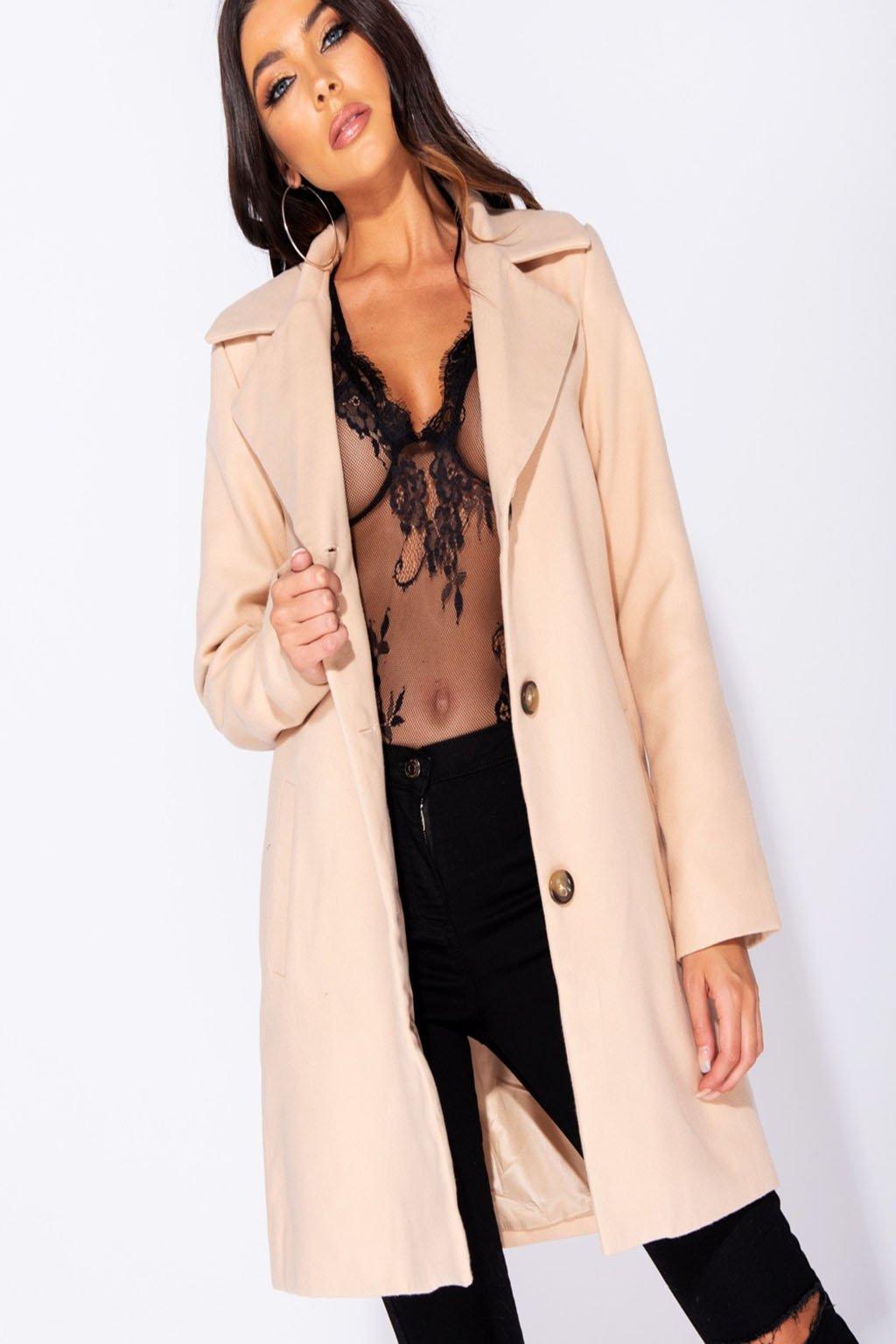 Béžový dámský kabát s knoflíky (2)