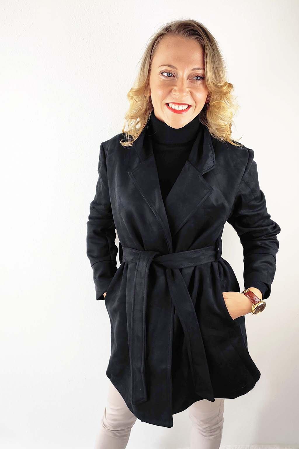Černý dámský semišový kabát (2)