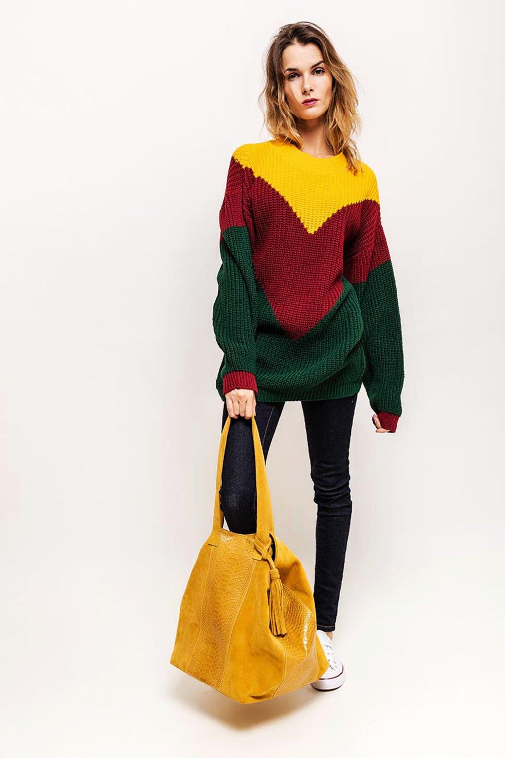 Trojbarevný dámský svetr