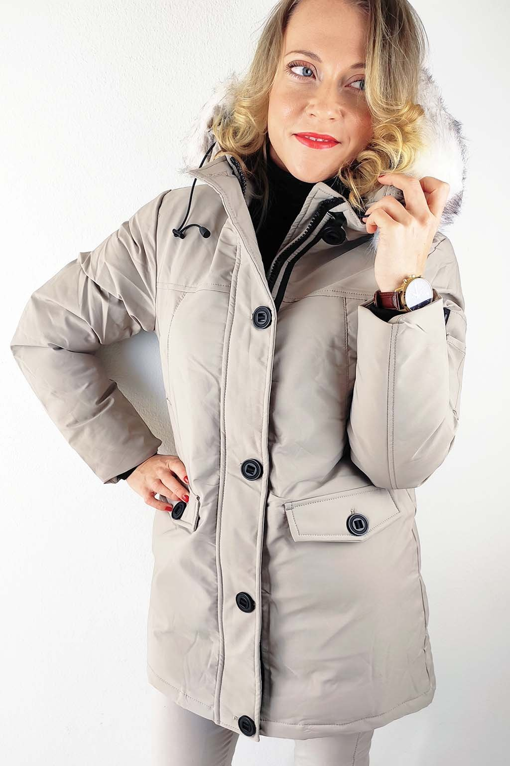 Béžová dámská zimní bunda s kapucí (2)