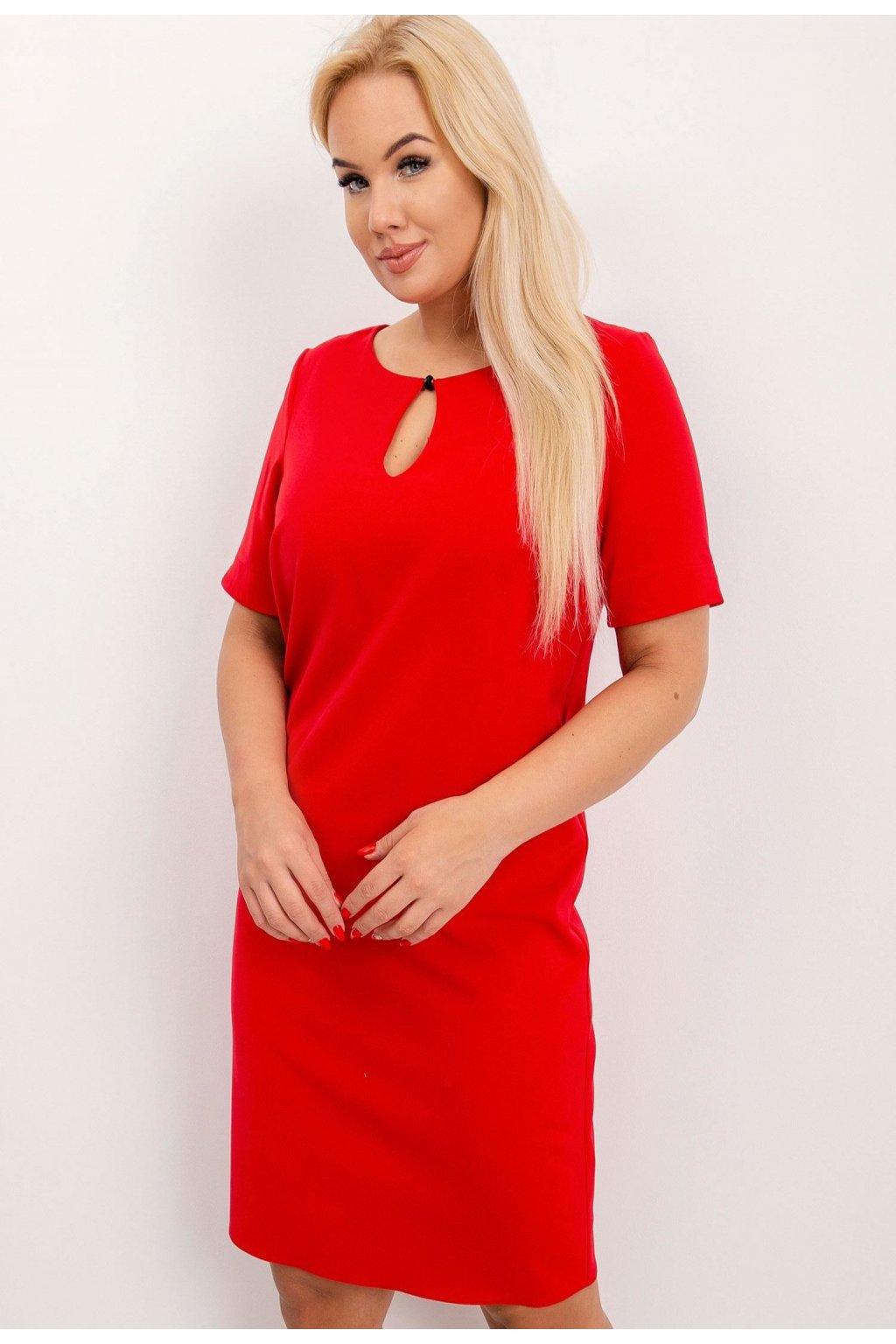 Červené dámské šaty