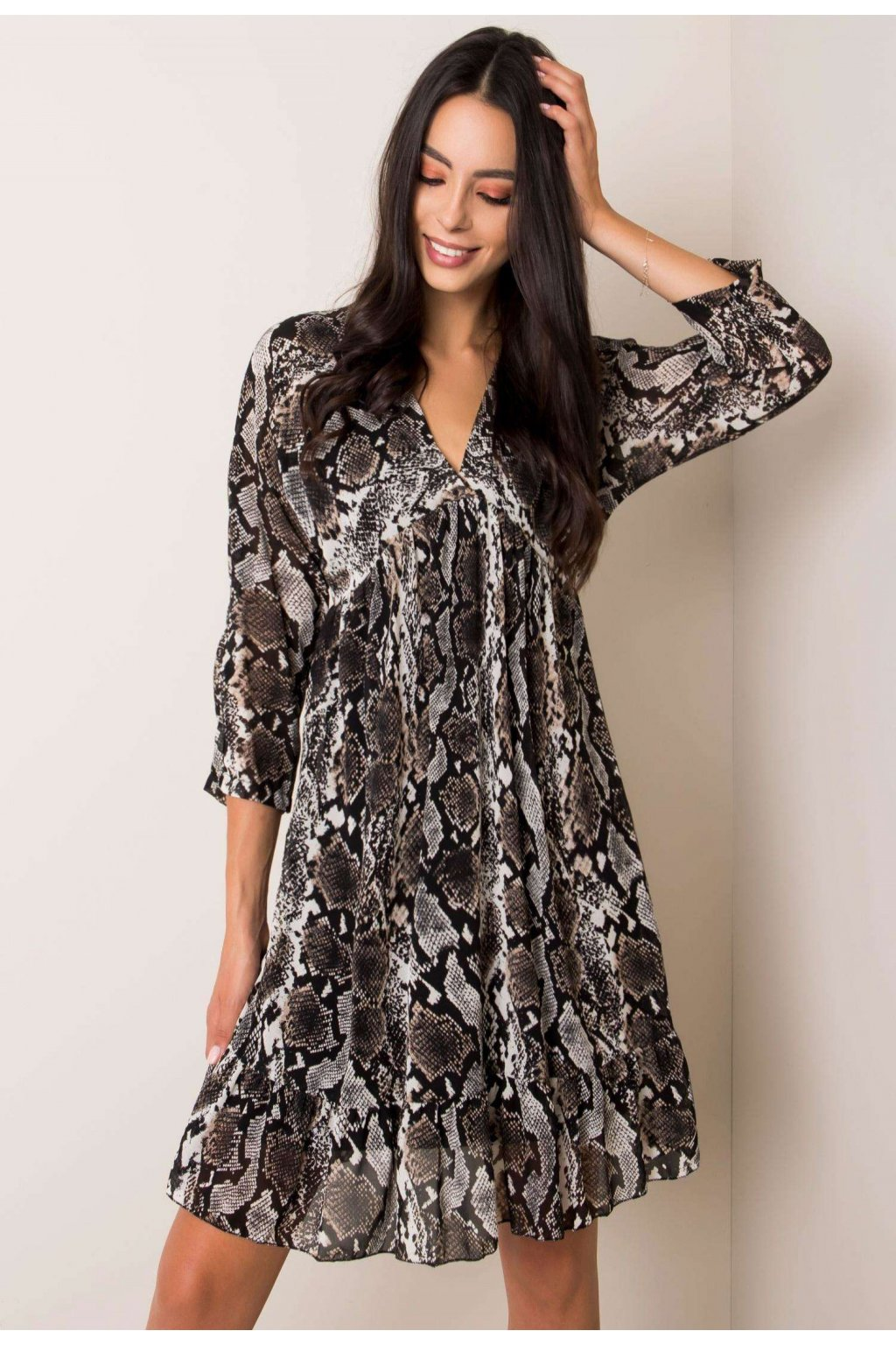 Černo - bílé dámské šaty