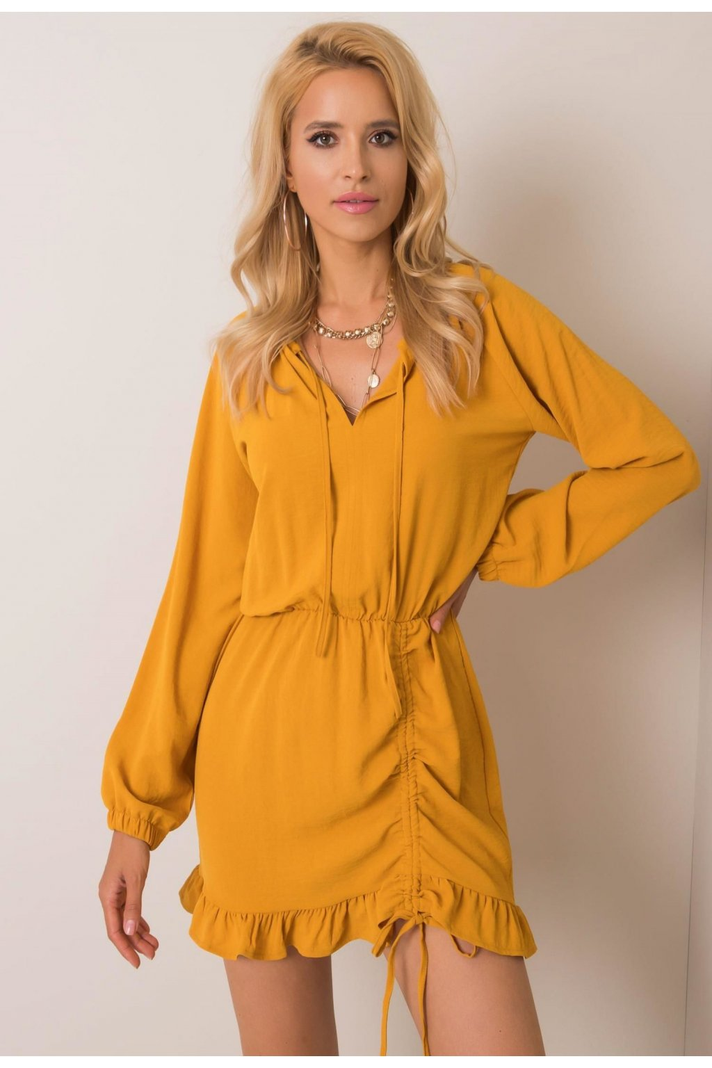 Žluté dámské šaty