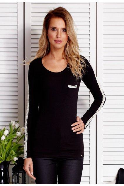 Černá dámská halenka s dlouhým rukávem