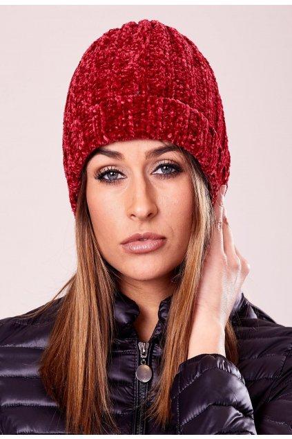 Červená dámská čepice