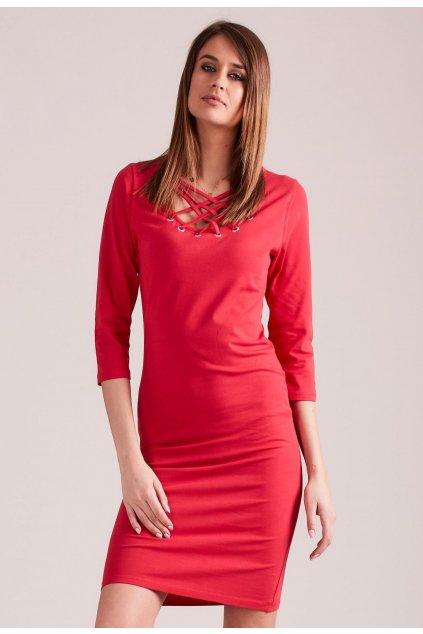 Červené dámské pouzdrové šaty