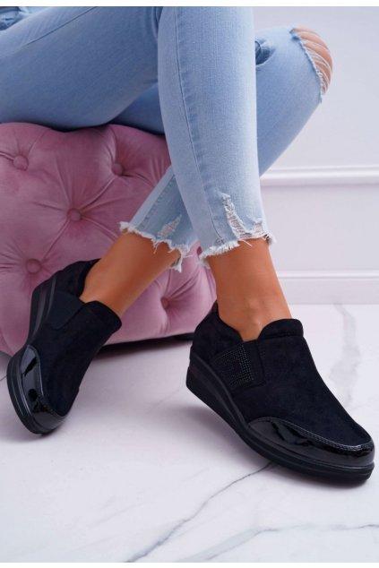 Fekete női félcipő