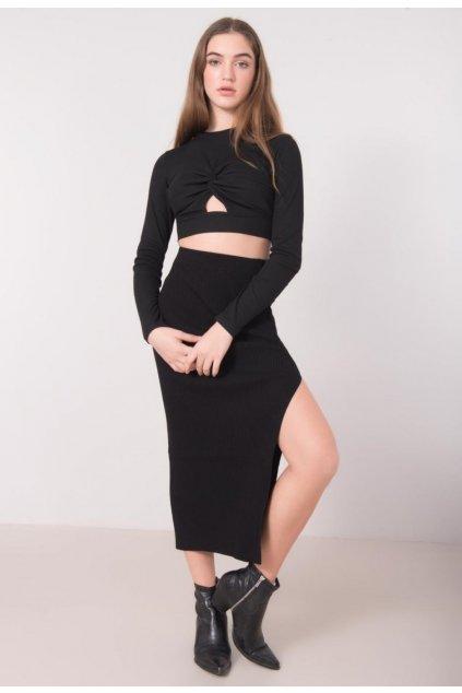 Fekete női kötött szoknya