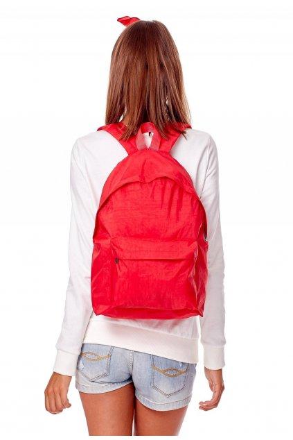 Červený dámsky batoh
