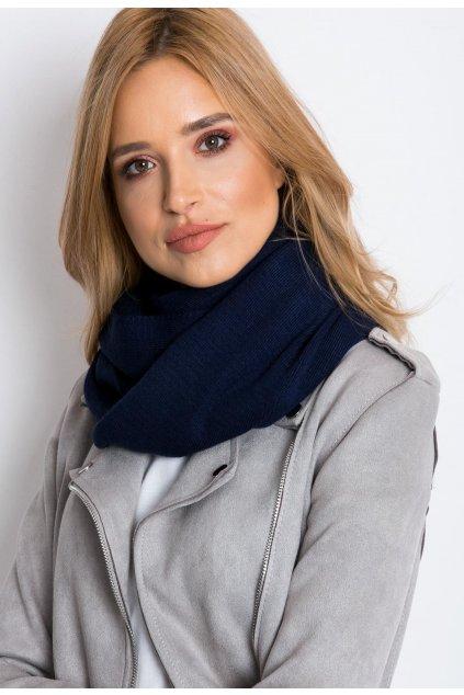 Modrý dámsky šál