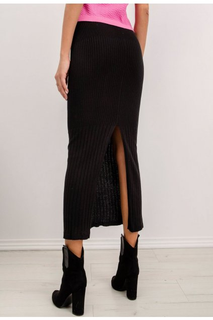 Čierna dámska pletená sukňa