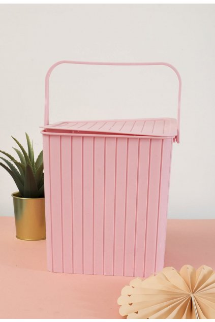 Ružový  dizajnový doplnok