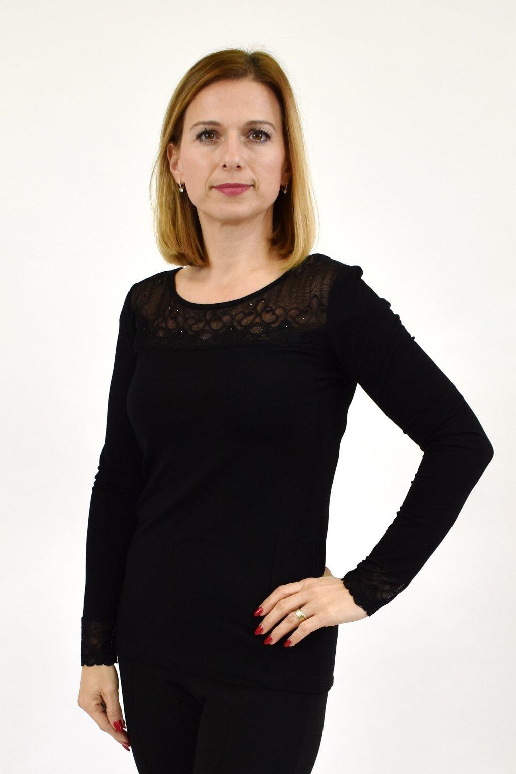 čierne-tričko-favab.sk.jpg