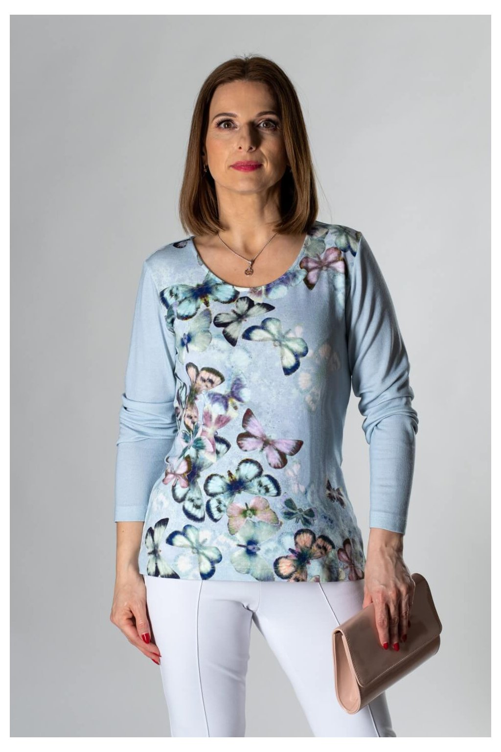 tričko s motýľmi