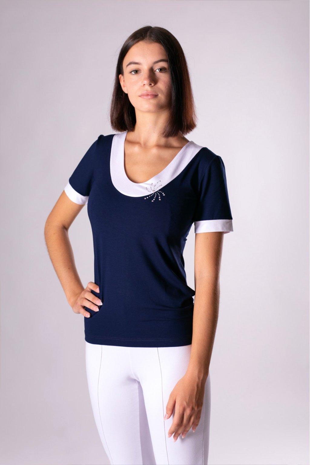modro biele tričko
