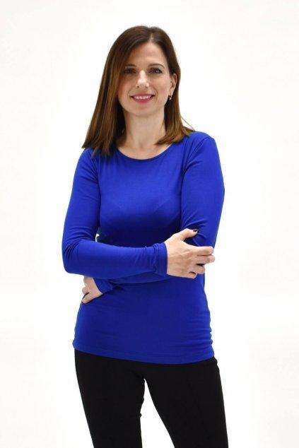 tričko v kráľovskej modrej