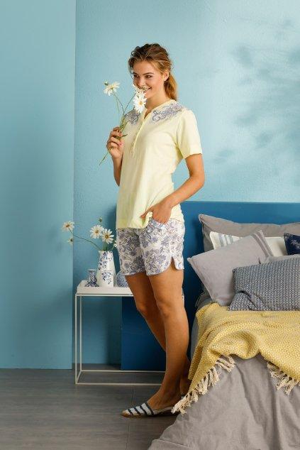 Krátke dámske pyžamo s výšivkou
