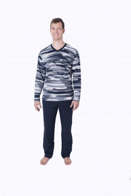 vzorované pyžamo