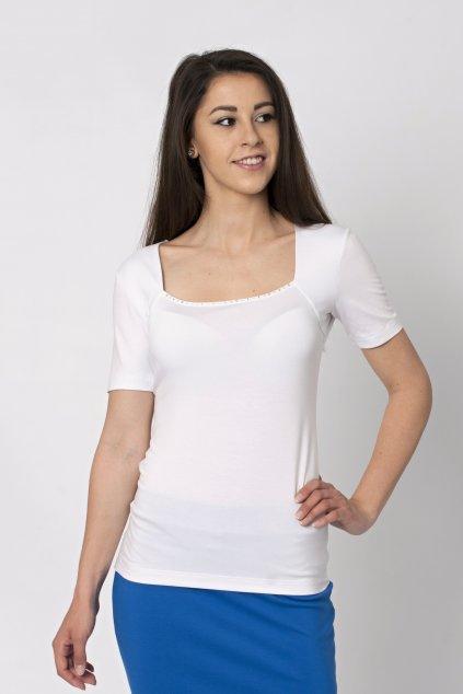 biele tričko s kryštálikmi