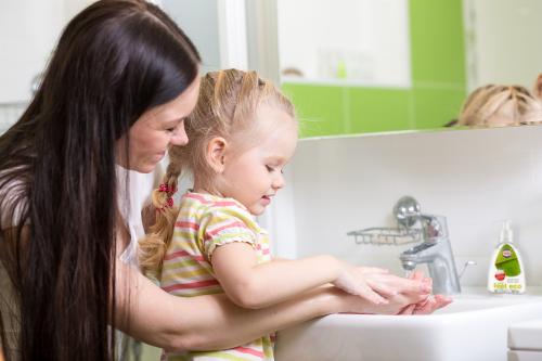 Umývať či neumývať? To je otázka alebo ako často a čím si umývať ruky?