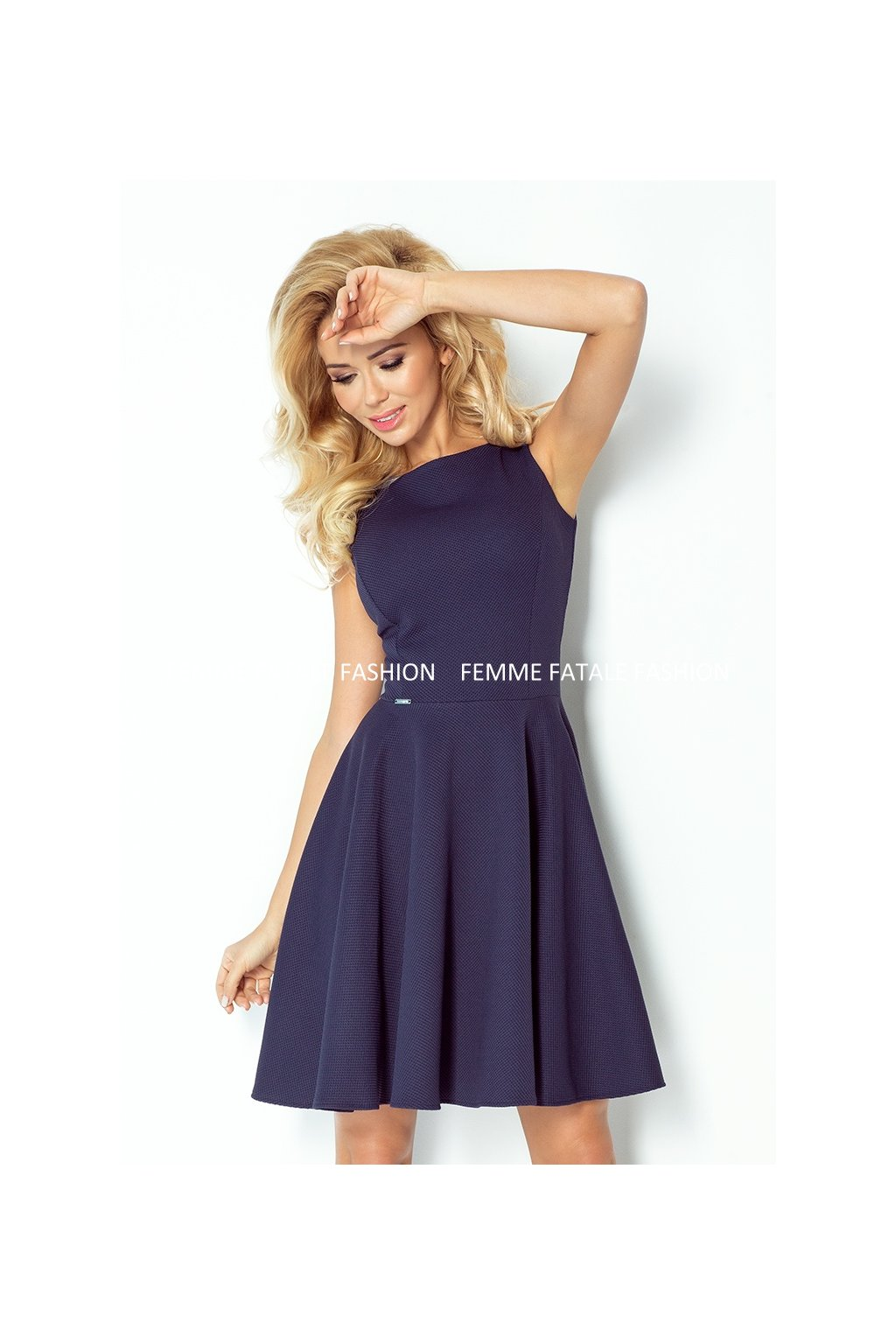Šaty s kolovou sukní RING