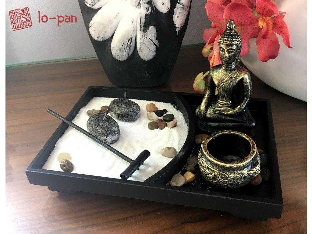 MEDITUJÍCÍ BUDDHA  (1) - zenová zahrada