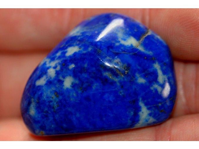 lapis lazuli ochranný kámen 14