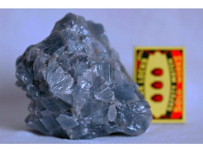 kalcit modrý velký přírodní kámen do interiéru 4