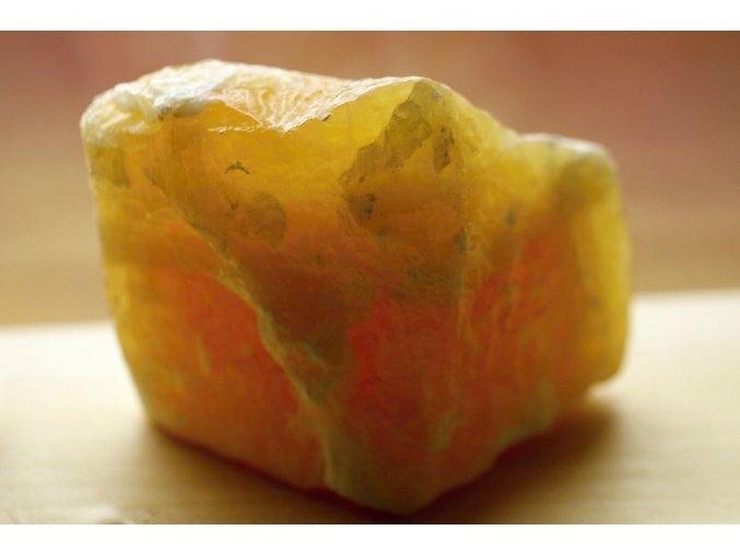 Kalcit žlutý feng šuej kámen 10