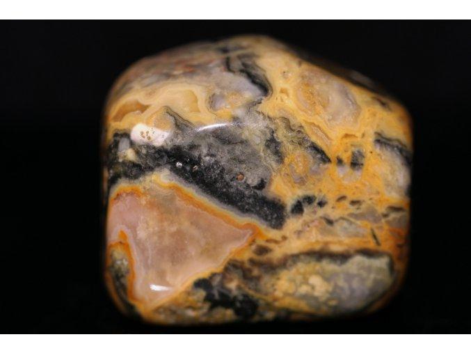 achát žlutý broušený kámen 1