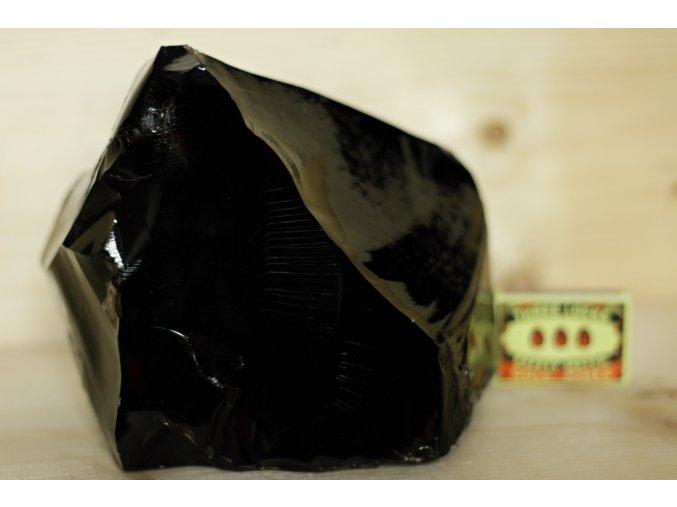 obsidián černý stříbřitý velký 6
