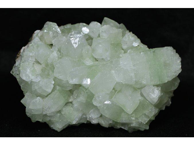 velký apofylit zelený zeolit 2